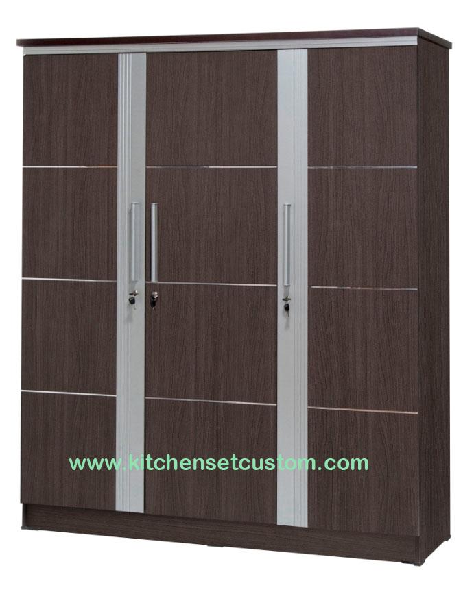 Lemari Pakaian 3 Pintu LP 2997 Graver Furniture