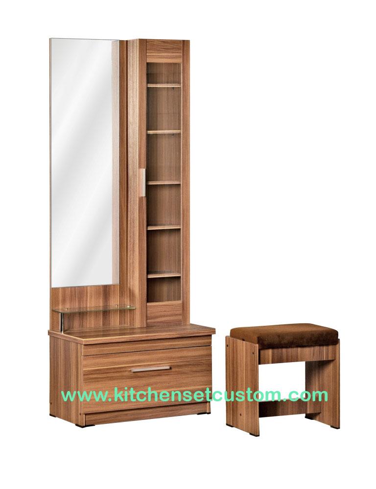 Meja Rias DT 126 Benefit Furniture