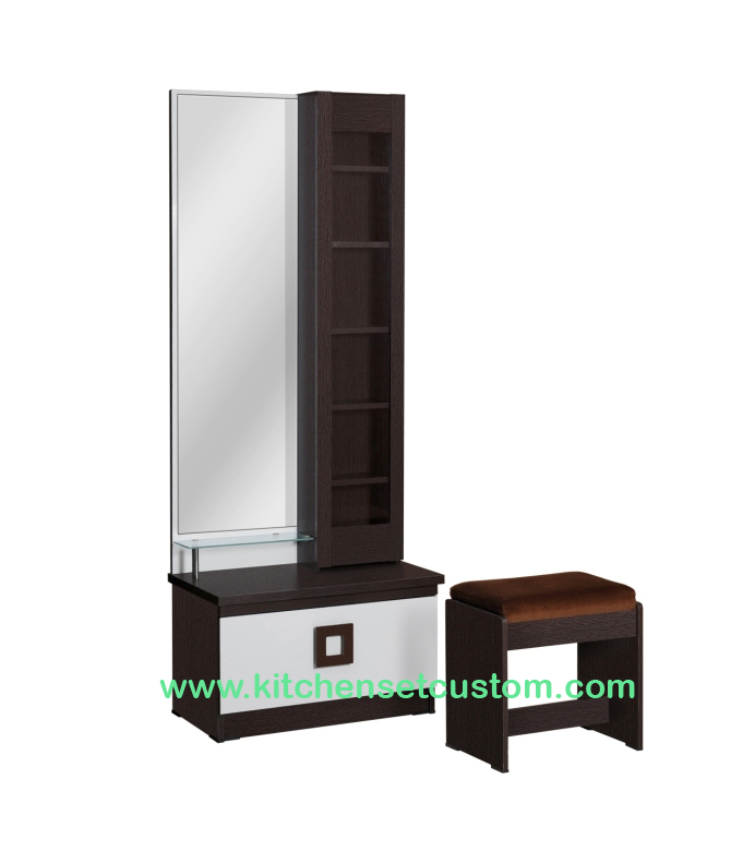 Meja Rias DT 226 Benefit Furniture